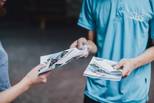 Distribution flyers